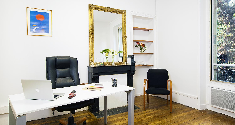 Kandbaz vous permet de louer des salles de réunions et des bureaux à l'heure